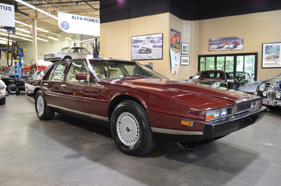 1987 Aston Martin Lagonda Series 3:22 car images available
