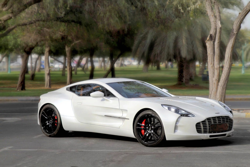 2011 Aston Martin One-77 :10 car images available