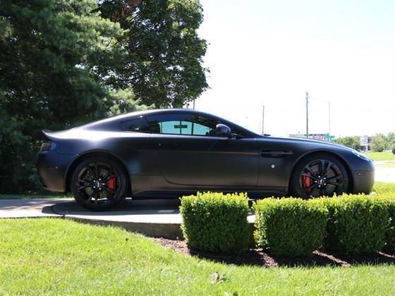 2012 Aston Martin V12 Vantage Coupe
