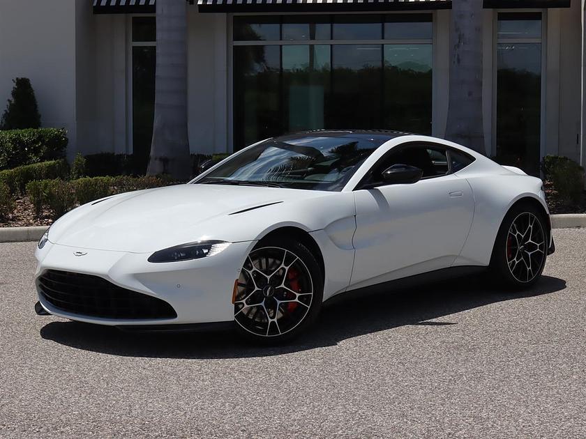 2021 Aston Martin V8 Vantage :24 car images available