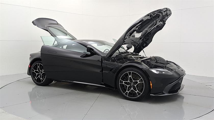 2021 Aston Martin V8 Vantage