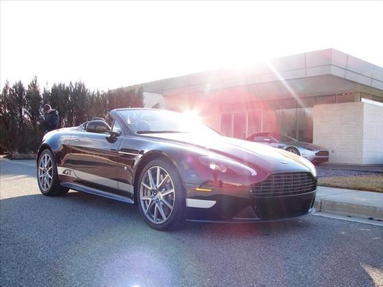 2015 Aston Martin V8 Vantage GT Roadster:17 car images available