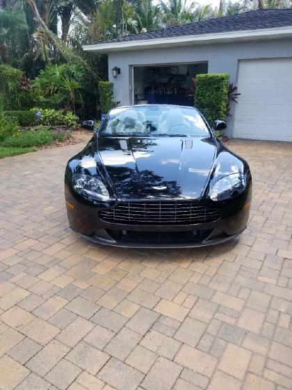 2014 Aston Martin V8 Vantage GT Roadster