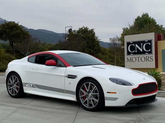 2015 Aston Martin V8 Vantage GT:10 car images available
