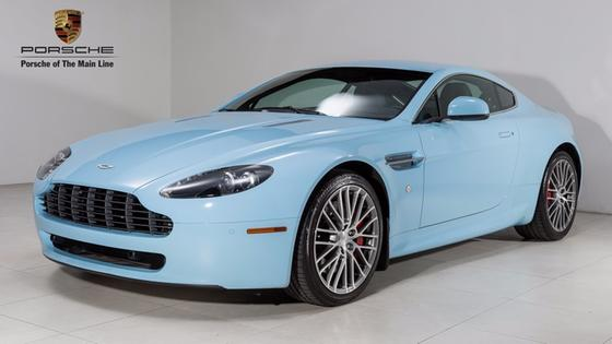 2010 Aston Martin V8 Vantage Roadster:19 car images available