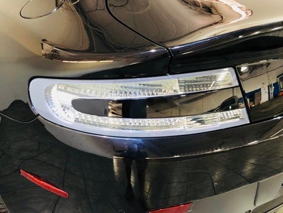 2013 Aston Martin V8 Vantage Roadster