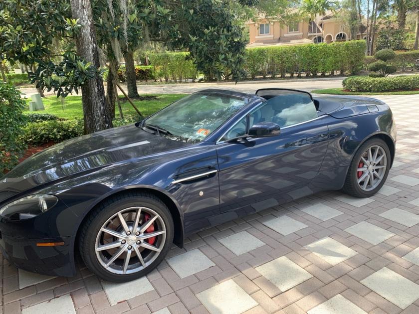 2008 Aston Martin V8 Vantage Roadster:3 car images available