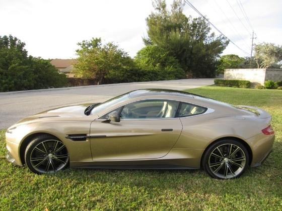 2014 Aston Martin Vanquish :21 car images available