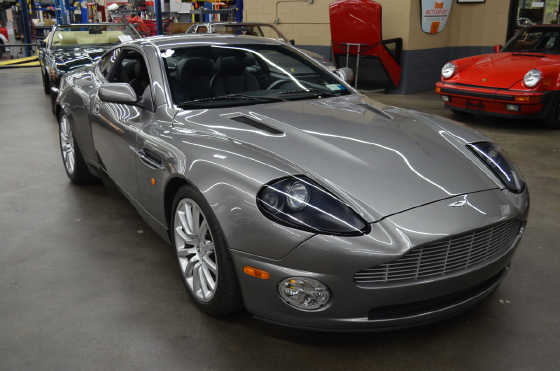 2003 Aston Martin Vanquish :9 car images available