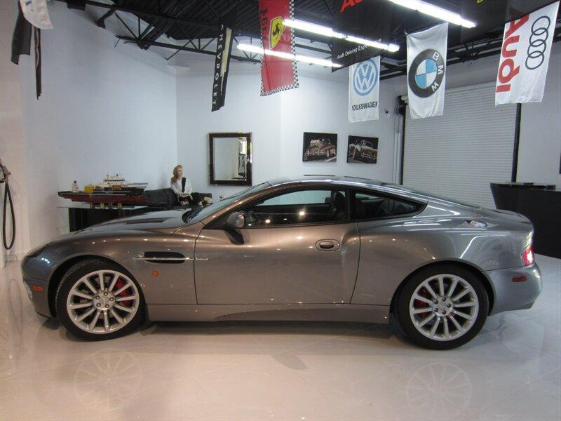 2003 Aston Martin Vanquish :16 car images available