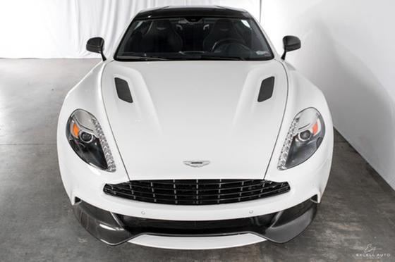 2015 Aston Martin Vanquish Coupe