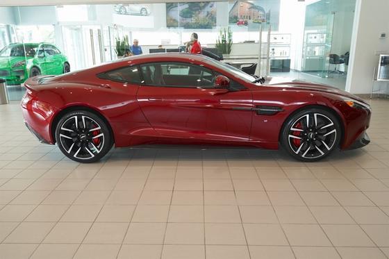 2017 Aston Martin Vanquish Coupe