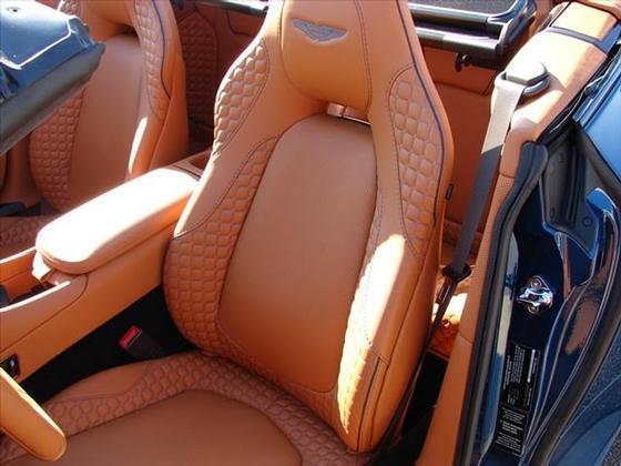 2016 Aston Martin Vanquish Volante