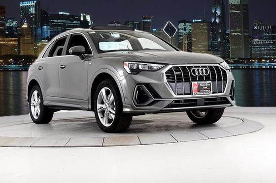 2020 Audi Q3 :24 car images available