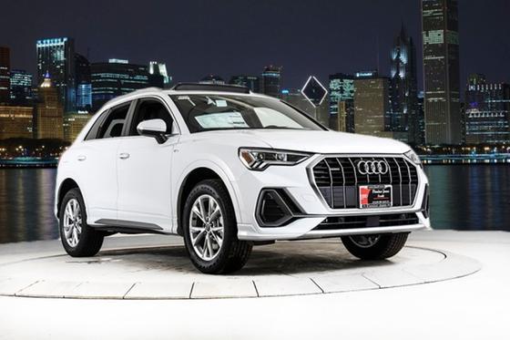 2021 Audi Q3 :24 car images available