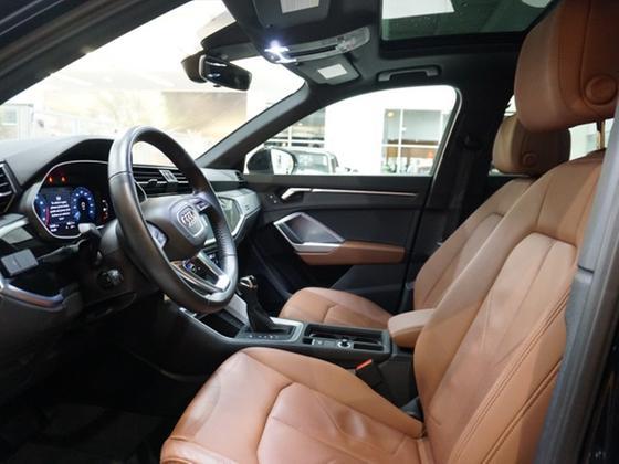 2019 Audi Q3 Premium