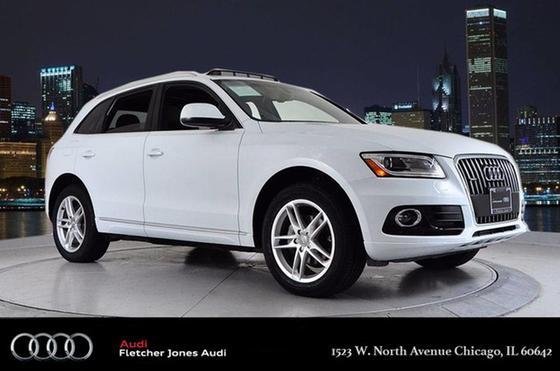 2014 Audi Q5 :24 car images available