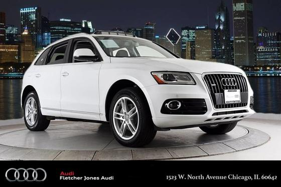2015 Audi Q5 :24 car images available