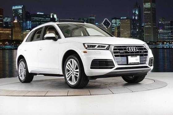 2019 Audi Q5 :24 car images available