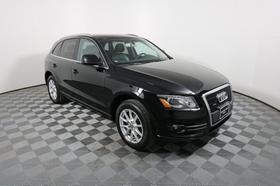 2011 Audi Q5 2.0T Premium:24 car images available