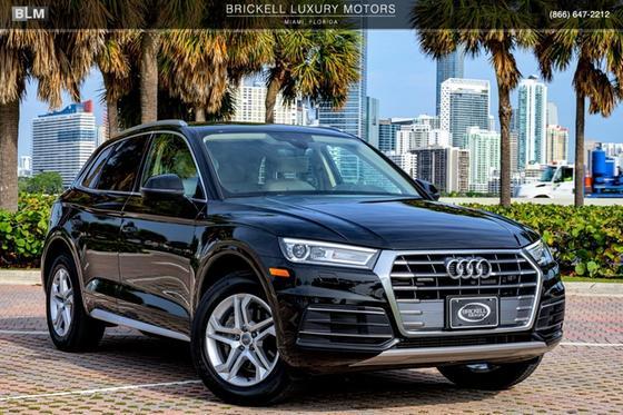 2019 Audi Q5 2.0T Premium:24 car images available