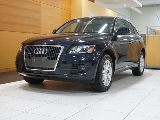 2011 Audi Q5 2.0T Premium:24 car images available