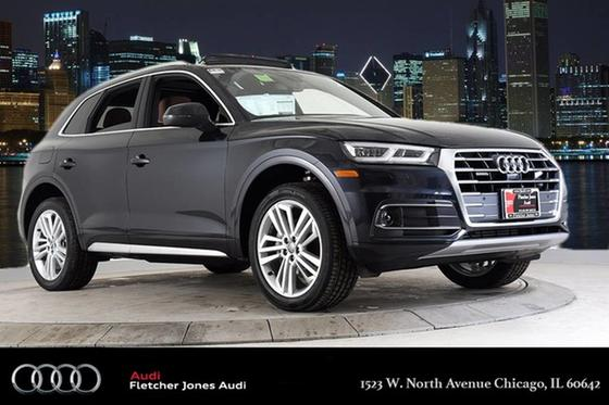 2018 Audi Q5 3.2 Prestige:24 car images available