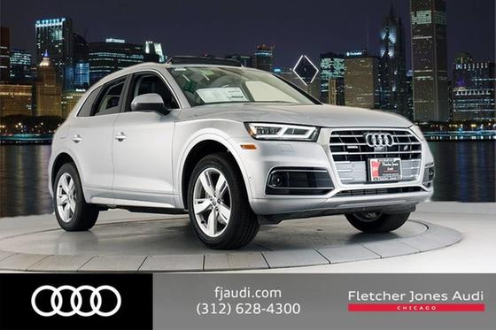 2019 Audi Q5 Prestige:24 car images available