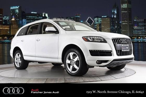 2015 Audi Q7 :24 car images available