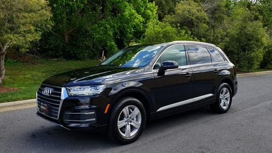 2017 Audi Q7 :24 car images available