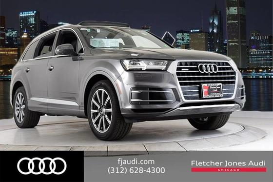 2019 Audi Q7 Premium Plus:24 car images available