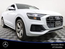 2019 Audi Q8 :24 car images available