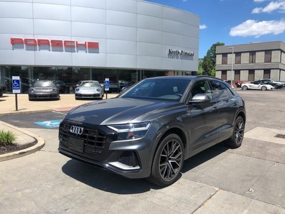 2020 Audi Q8 :22 car images available