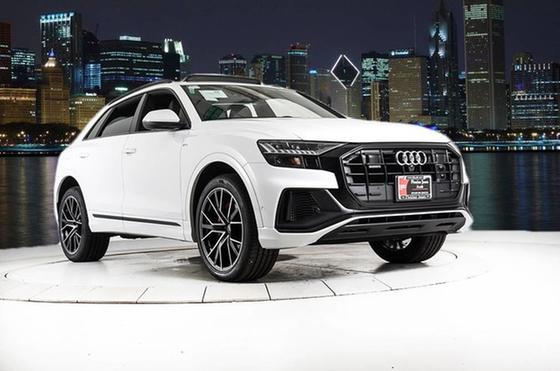 2021 Audi Q8 Premium Plus:24 car images available