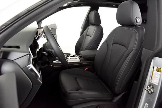 2020 Audi Q8 Premium