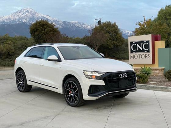 2019 Audi Q8 Prestige:24 car images available