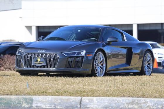 2017 Audi R8 :24 car images available
