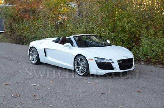 2011 Audi R8 4.2 Spyder : Car has generic photo