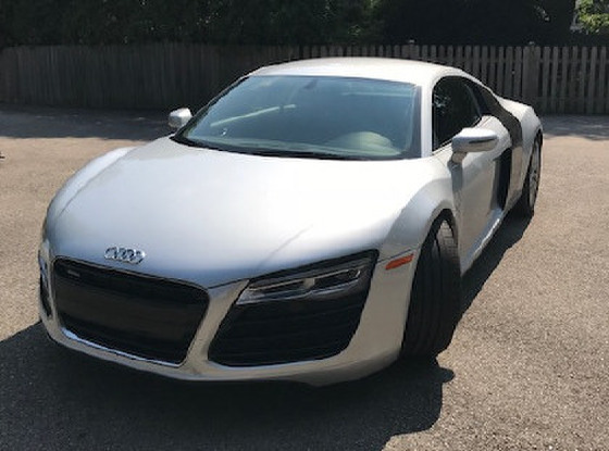 2014 Audi R8 4.2:9 car images available