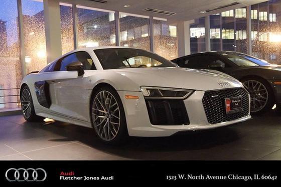 2017 Audi R8 5.2 Plus:18 car images available
