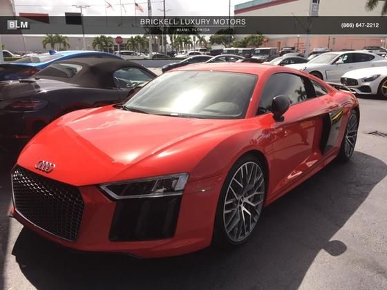 2017 Audi R8 5.2 Plus:7 car images available