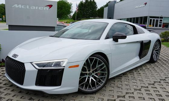 2017 Audi R8 5.2 Plus:10 car images available