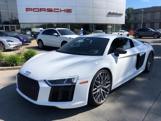 2017 Audi R8 5.2 Plus:21 car images available
