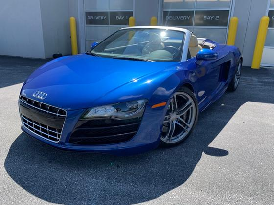 2011 Audi R8 5.2 Spyder:12 car images available