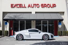 2017 Audi R8 5.2:24 car images available