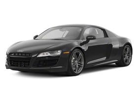 2010 Audi R8 5.2 : Car has generic photo