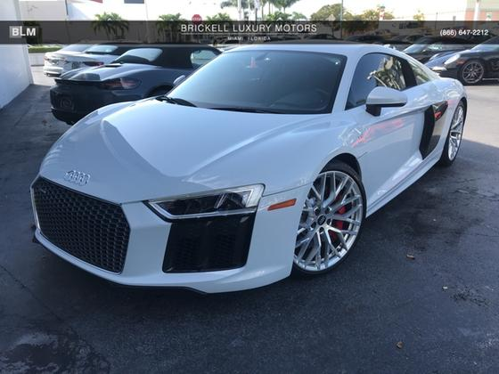 2017 Audi R8 5.2:7 car images available
