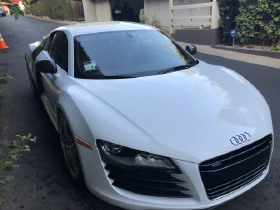 2012 Audi R8 GT:11 car images available