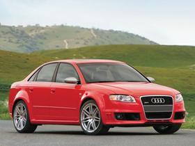 2007 Audi RS4 AWD Sedan : Car has generic photo
