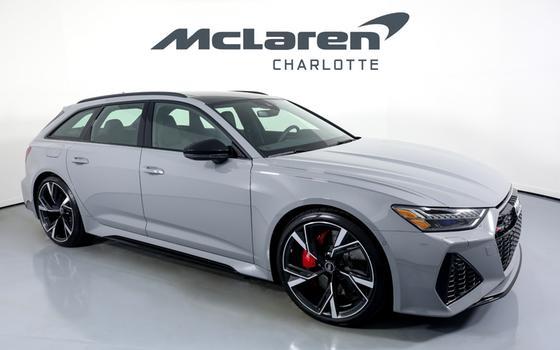 2021 Audi RS6 Avant:24 car images available